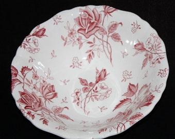 J & G Meakin TUDOR Rose Vegetable Bowl