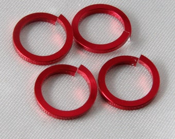 100 pcs - 16 Gauge Anodized Aluminum Chain Maille Square Wire Jump Rings Red