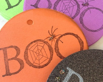 Halloween gift tags - Hand stamped Boo halloween tag - Circle Spider web tag - BOO halloween tags