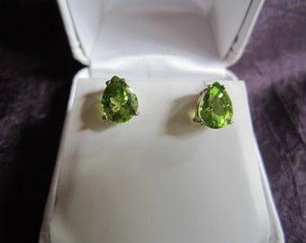 Beautiful Green Peridot Pear Earrings