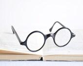 Antique Round Framed Eyeglasses - Black Frame
