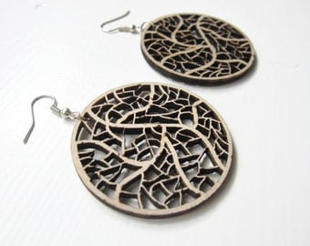 Earrings / earcuffs - laser cut wooden earrings - Leave nerves
