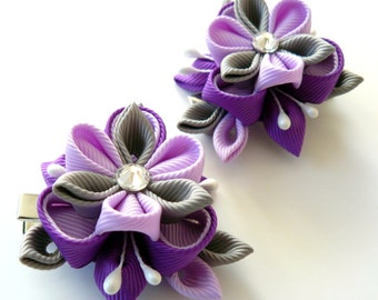 Kanzashi  Fabric Flowers. Set of 2 hair clips. Purple and grey.