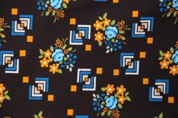 vintage ann es 60 ou 70 tissu brun fleurs et motifs. Black Bedroom Furniture Sets. Home Design Ideas