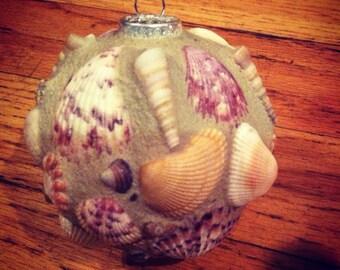 A Beachy Christmas Ornament
