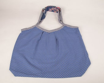 Large tote polka dot pattern with inner pockets