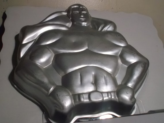 wilton batman cake pan instructions