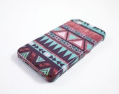 Mint Aztec Wood iPhone 5 Case, iPhone 5s Case, Tribal iPhone 5 Cover, Geometric Triangle Hard iPhone 5 Case