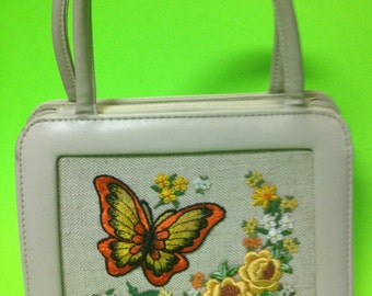 Vintage purse handbag pocketbook with top handles cream embroidered butterfly