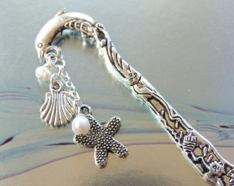 Dolphin Bookmark, Metal Bookmark, Beaded Bookmark, Sealife Bookmark, Beaded Bookmark, Books and Zines, Gift Idea, Stocking Stuffer. A364