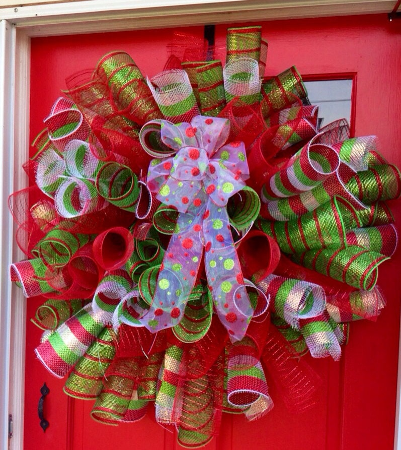 Christmas mesh wreath unique christmas holiday by apalacheattic - Awesome christmas wreath with homemade style ...