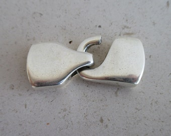 1 Zamak clasp silver plated (1 clasp) - for13mm flat leather (ZC35)