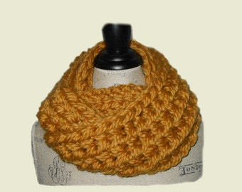 SUPER CHUNKY Infinity Scarf Cowl Loop Scarf Goldenrod Super Soft Knit Infiniti Scarf Fashion Statement Mustard Gold