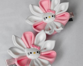 2 hair clips alligator tipe  in the technique of kanzashi ,white,pink,for small girls.