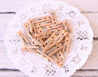 Mini Clothespins Natural, Natural Clothes Pin 25, 1 Inch Tiny Clothespin, DIY Wedding , Scrapbook Embellishment, Gift Wrap