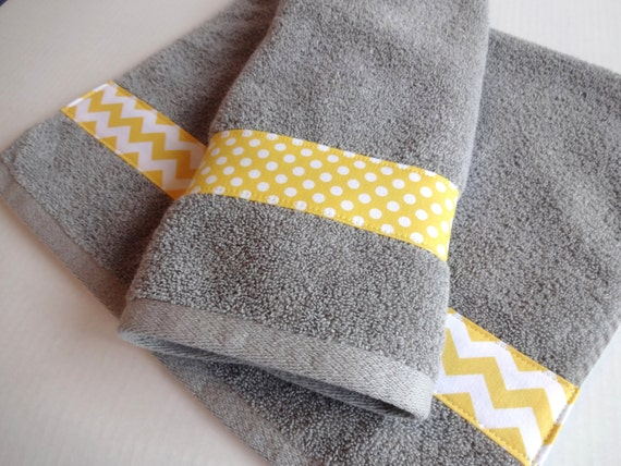 Bath towels yellow grey bath towels yellow grey yellow and for Yellow and gray bathroom sets