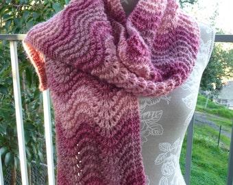Feather & Fan Pure Wool Scarf  -  13126