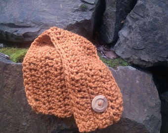 Chunky Crochet Short Cowl Scarf with Big Wood Button - Lambs Wool Blend in Apricot Orange