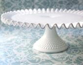 Milk Glass Cake Stand / Fenton Hobnail Cake Stand / Vintage Wedding Cake Pedestal / White Cake Plate Ruffle Cake Stand / MilkGlass Cakestand