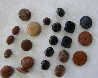 22 vintage faux leather shank buttons (8p/28-k1)