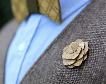"Wooden Lapel Flower- ""Plymouth"""