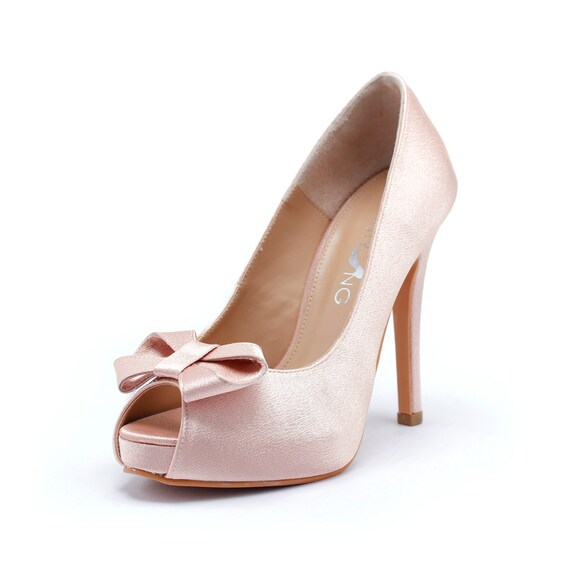 Sweetheart Wedding Shoes in Blush Silk Satin, Valentine Day's Shoes, Nude Blush Bridal Shoes, Light Pink Wedding Heels