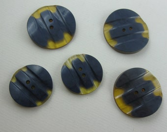 Age-old, blue-yellow mottled plastic buttons (probably bakelite). 5 pieces in 2 sizes. VINTAGE