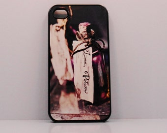 Iphone 5 iphone 4   Love potion mobile cell phone cover snap case french paris art purple black case