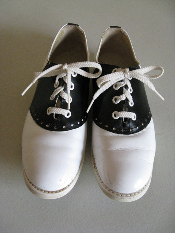 Vintage Womens Black And White Saddle Shoes With Weron Soles