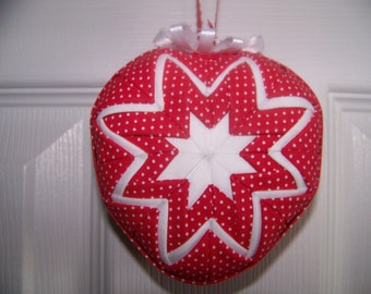 Valentine Day Heart Shape Quilted Ornament
