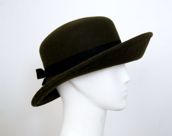 Women Army Green Wide Brim Cloche Hat