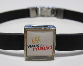MADD Mothers Against Drunk Driving Walk Like Madd Awareness Link With Choice Of Colored Band Charm Bracelet