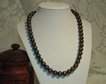 Brown Glass Vintage Beaded Necklace - Very Pretty - A very Attractive Price For This Item -  FREE SHIPPING.