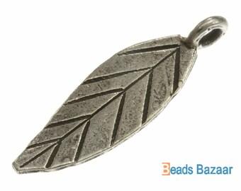 Karen Hill Tribe silver Long Leaf Charm, 27 mm