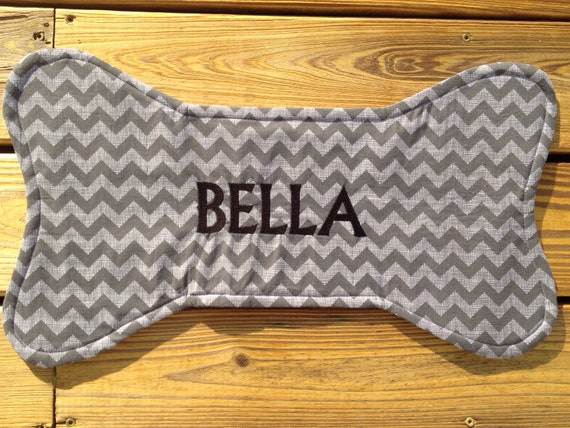 Personalized Bone Shaped Pet Feeding Mat Dog Placemet
