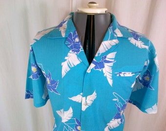 1980s Made In Hawaii blue cotton & polyester Hawaiian aloha shirt L