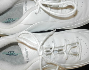 White Sneakers - Easy Spirit - Leather Tops Size 9