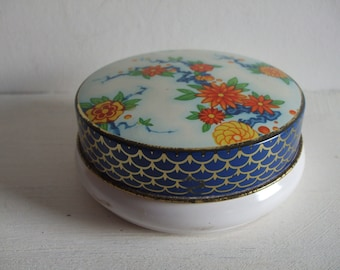 Vintage Round Tin with Flowers and Leaves