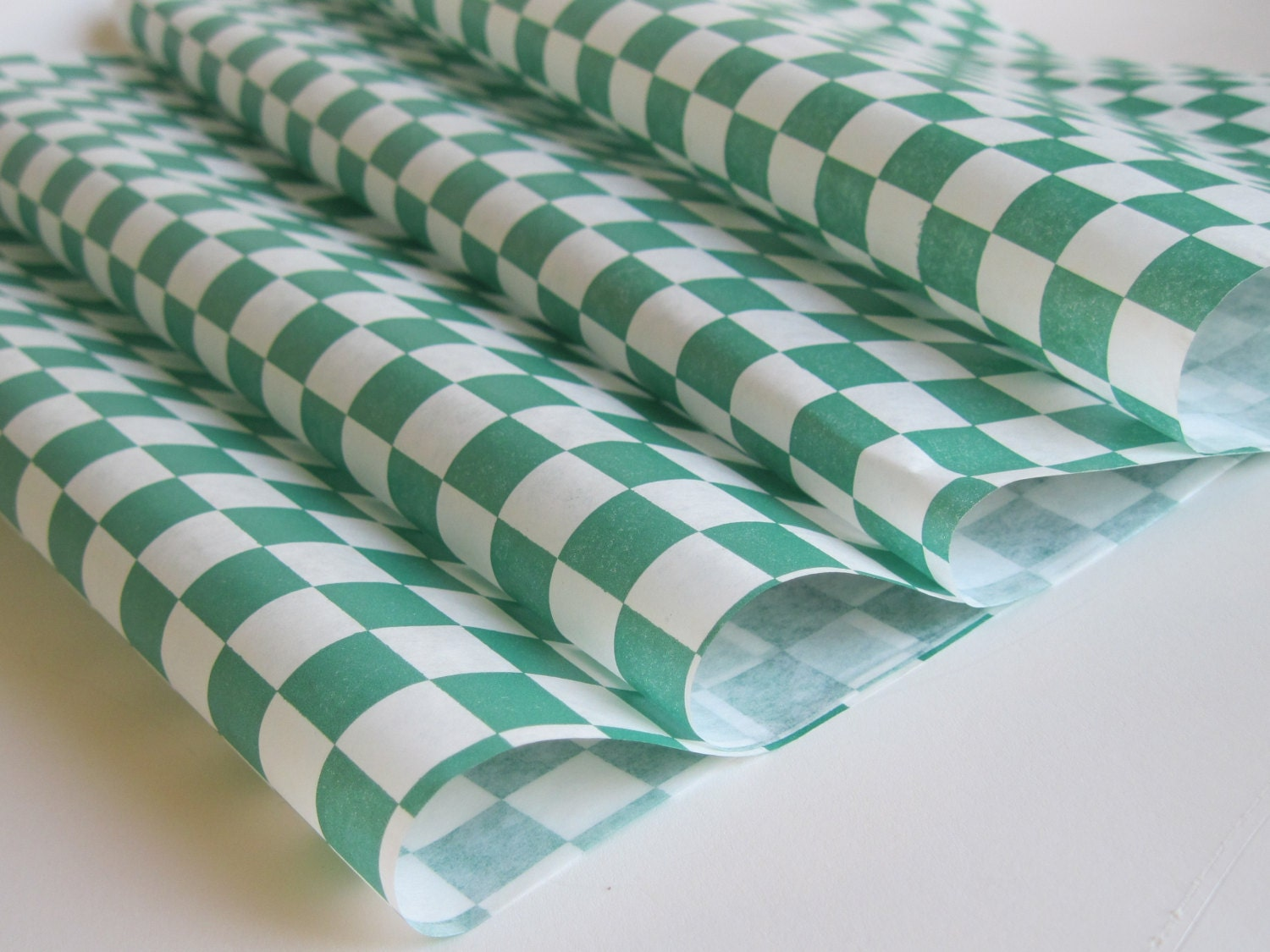 Checkered Wax Paper Wax Paper-25 Sheets of Green