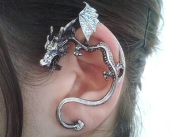 Silver dreamy dragon ear cuff