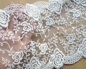 White Venice Trim Lace Beautiful Embroidered Rose Lace for Home Decor Costume Supplies Altered Couture