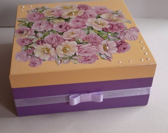 jewelery box roses and pearls
