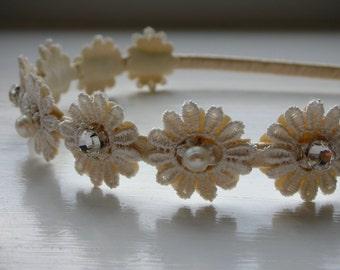 Daisy Bridal Head Piece - Ivory Daisy Lace Bridal Tiara