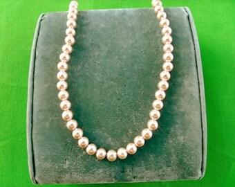 Vintage Beaded Necklace (Item 1050)
