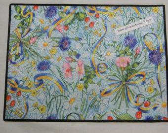 Scandinavian Swedish Flowers & Ribbon Rug ~  Door Mat  #03015