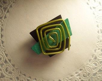 Refrigerator Magnet (221) - Upcycled jewelry - Geometric