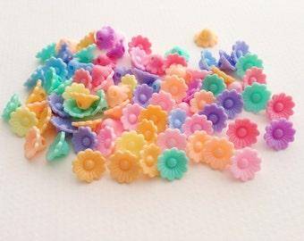 100 pcs Flowers mix colors plastic pastel beads