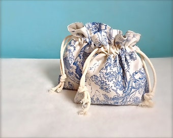 2 Toile de jouy bags, drawstring bags, set of two, gift bag, favour bag, lined with soft cotton.