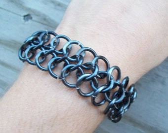 Gunmetal color chainmaille bracelet