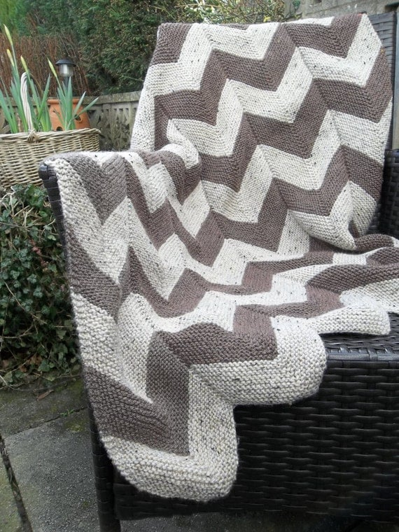 Aran Garter Stitch Chevron Throw. PDF Knitting Pattern